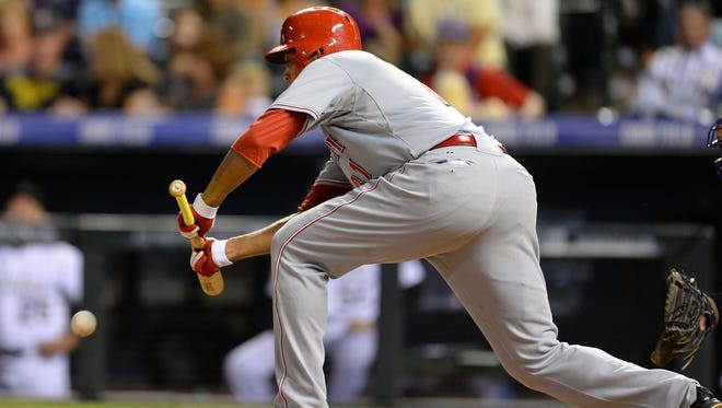 It was not a good night for Reds pitcher Alfredo Simon.