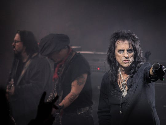 Hollywood Vampires perform at Alice Cooper's Christmas