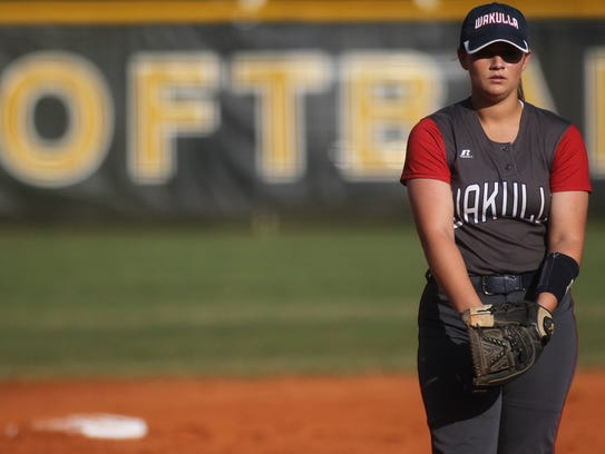 Wakulla pitcher Emery Mayne throws against Lincoln.
