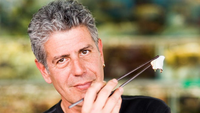 Anthony Bourdain in 2009 photo