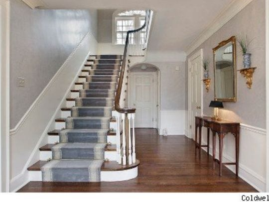 Now: The stair case looks completely different.