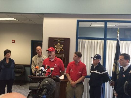 635934097449085751-Media-Briefing-in-Bossier-Parish.JPG
