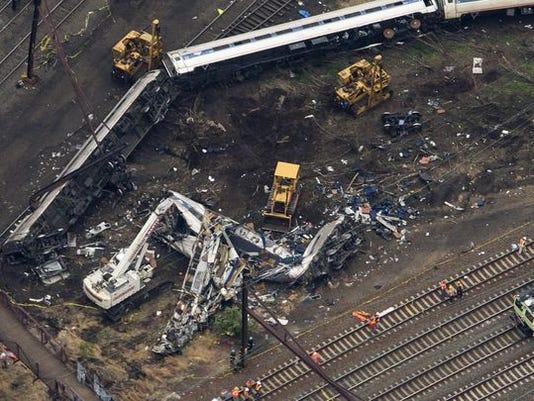 635990982232603336-Philly-crash-2.jpg