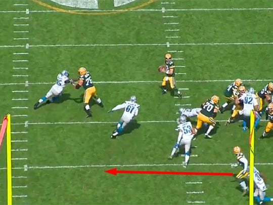Kerry Hyder can't get to Rodgers quickly enough before the ball leaves the quarterback's hand.