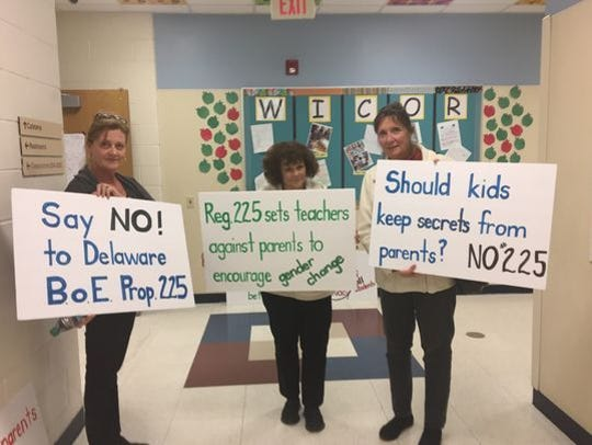 Indian River School District parents come out in protest