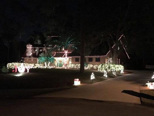 636492774623388579-xmaslights.jpg. Technology has made Christmas lights ... - Why We Love Christmas Lights