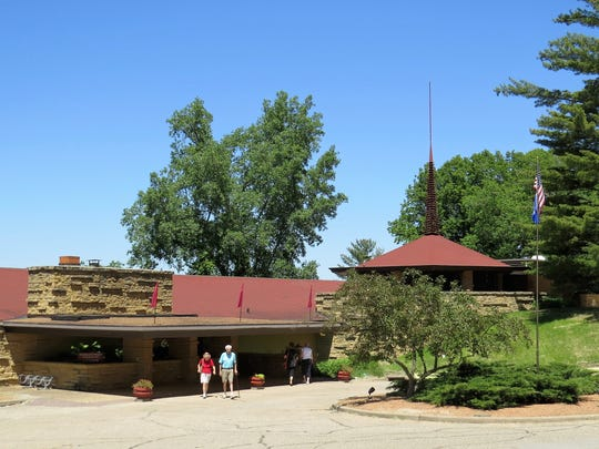 Originally occupied by a restaurant, the Frank Lloyd Wright Visitor Center now houses a cafe, gift shop and ticket counter for guided tours of Taliesin, which is located just down the road.