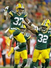 Green Bay Packers safety Sam Shields (37) celebrates