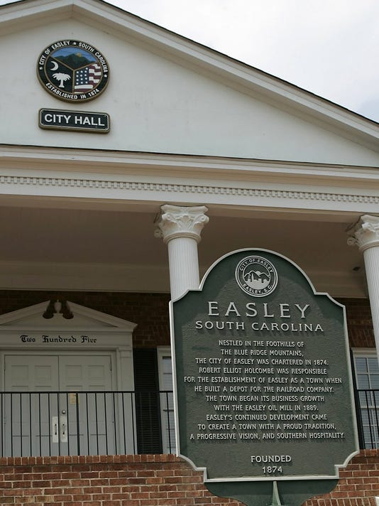 Easley City Hall.jpg