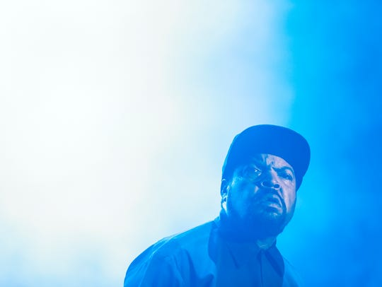 Ice Cube performs at Bunbury.