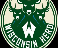 James Young scores 41 points to lead Wisconsin Herd to victory over Delaware 87ers