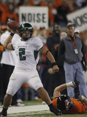 Oregon quarterback Jeremiah Masoli looks down field to pass during the Ducks' 65-38 victory over the Beavers in the Civil War game at Reser Stadium, in Corvallis, on Saturday Nov. 29, 2008.