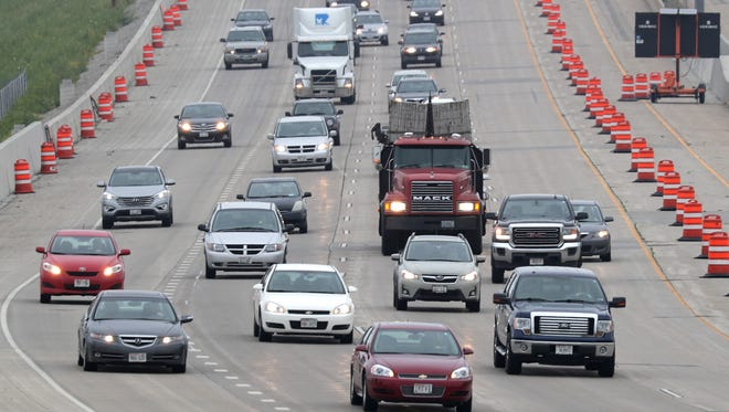 Traffic moves last month on Interstate 41 near the U.S. 10 and State 441 interchange in Fox Crossing.