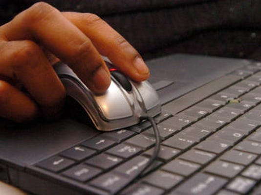 636518787408844584-computer.jpg