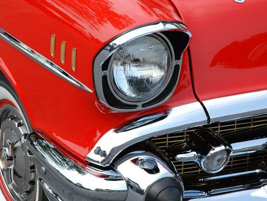 636634637624594499-classic-car-76423-1920.jpg