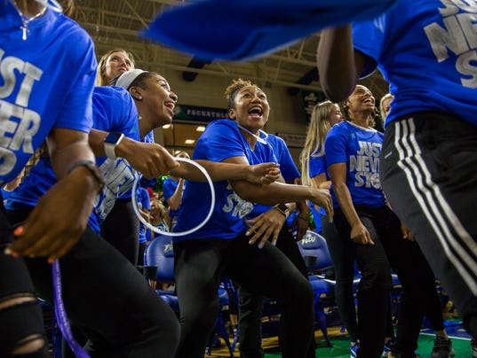LEDE NDN 0312 FGCU WBB NCAA