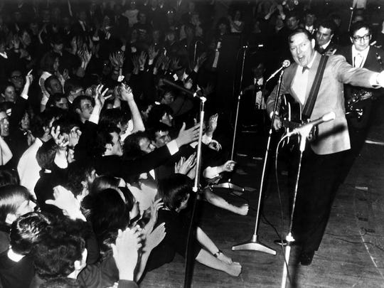 Bill Haley, US American Rock and Roll singer performs