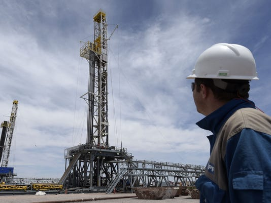 Chevron cuts 2015 expansion budget by 13%