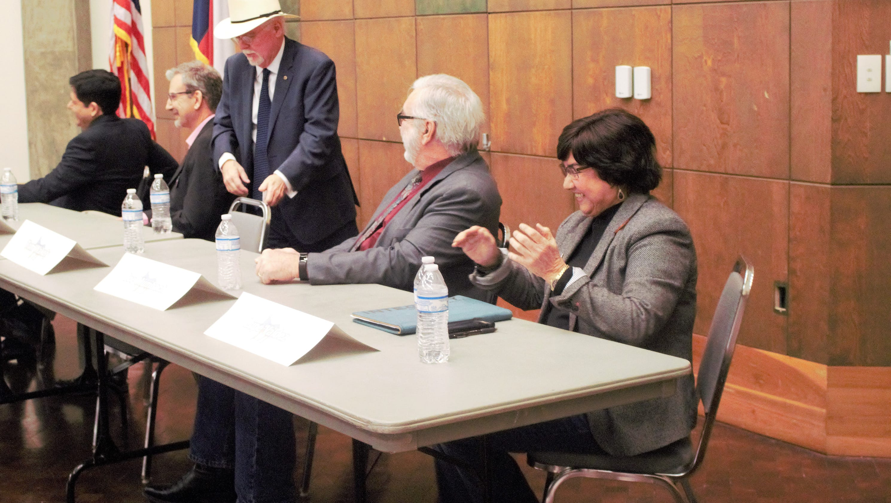 All Democratic hopefuls converge for governor candidate forum