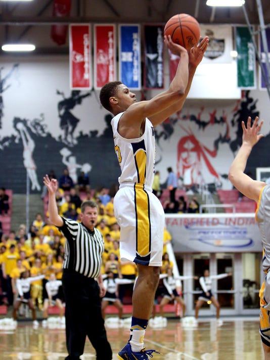 Moeller vs Walnut Hills Basketball Sectional Playoff