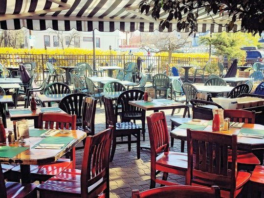The outdoor patio at Cloverleaf Tavern in Caldwell