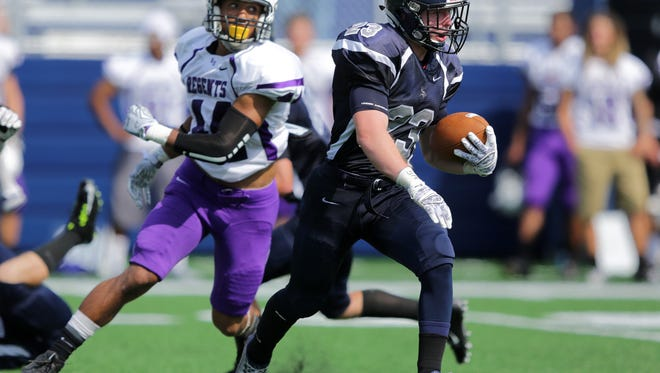 Alic Riedel, an Appleton East graduate, is one of five Appleton natives on the Lawrence University football roster.