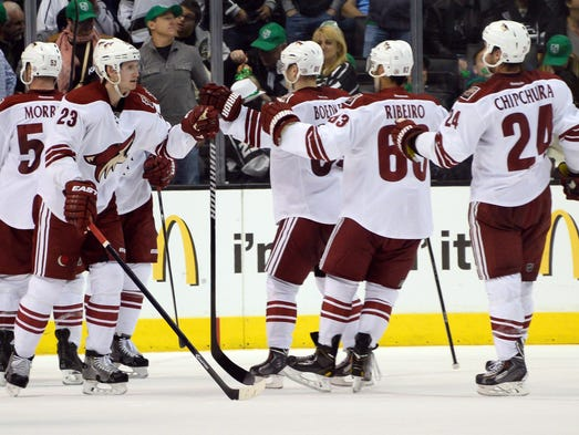 Coyotes celebrate their 4-3 win over the Kings at Staples Center.