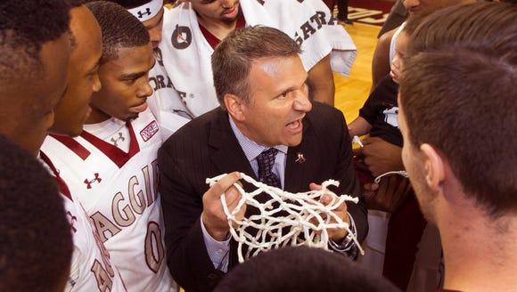 New Mexico State basketball head coach Chris Jans tells