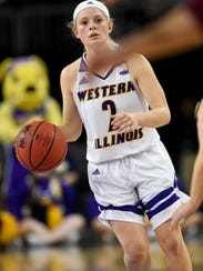 Western Illinois' Emily Clemens dribbles the ball up