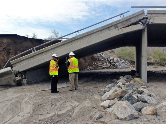 Tex Wash Bridge on Interstate 10 collapsed on Sunday afternoon. I-10 is closed indefinitely in both directions between Palm Springs and Phoenix.