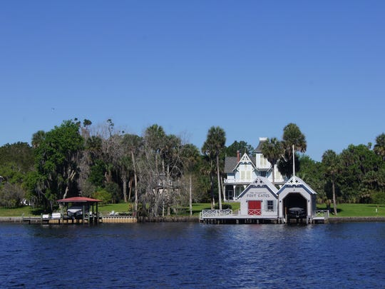 Along the St. Johns River Victorian homes and fishing