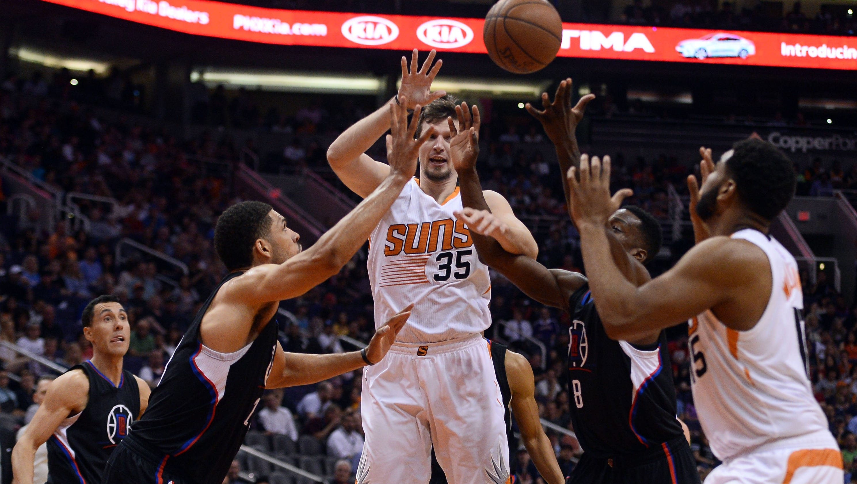 636039206695377392-usp-nba--los-angeles-clippers-at-phoenix-suns