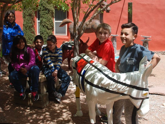 Carrizozo elementary students name their painted burro