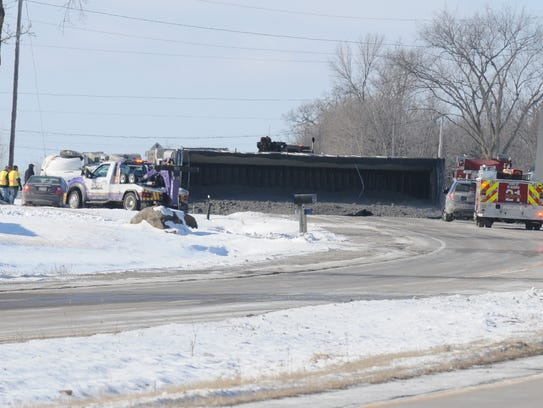 Highway 21 was closed for a few hours between Oakwood