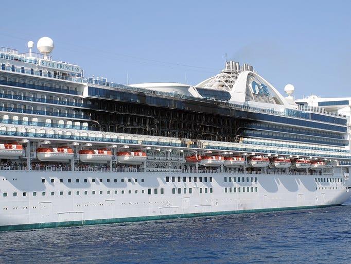 28 Photos Carnival Cruise Ship Incidents  Punchaos
