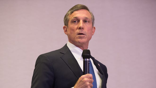 Gov. John Carney plans to dissolve the Delaware Economic Development Office and move most of its functions to a new public-private partnership.