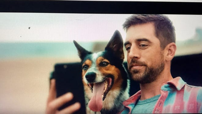 Aaron Rodgers is back with a new State Farm commercial.