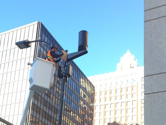 Cab Des Moines >> Those black cylinders downtown aren't traffic cams