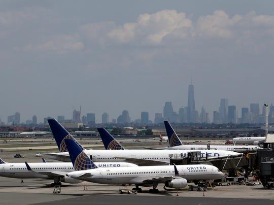 AP US Mideast Israel Palestinians Flights Canceled