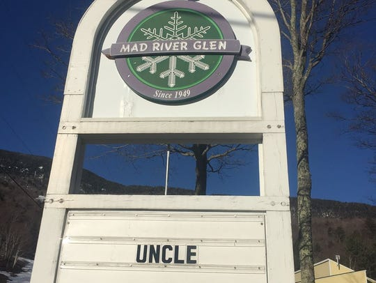 A picture of the sign in front of  Mad River Glen in