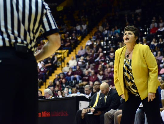 Southern Miss head women's basketball coach Joye Lee-McNelis