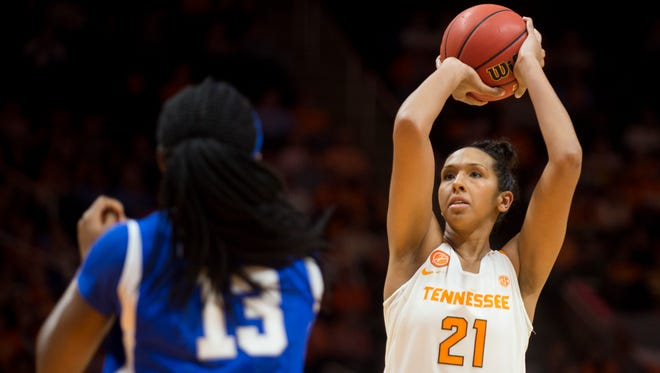 Tennessee's Mercedes Russell (21) attempts a shot during the second half against Kentucky at Thompson-Boling Arena on Sunday, Jan. 1, 2017. Tennessee defeated Kentucky 72-65.