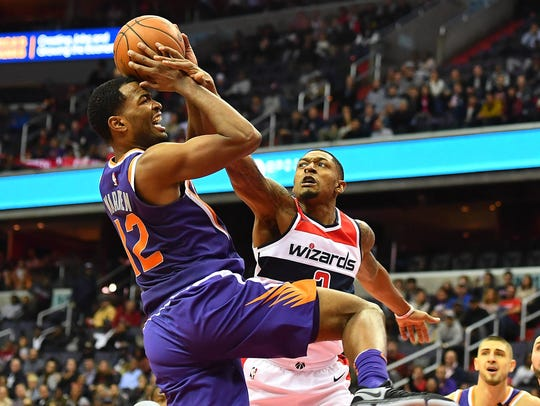 Nov 1, 2017; Washington, DC, USA; Phoenix Suns forward
