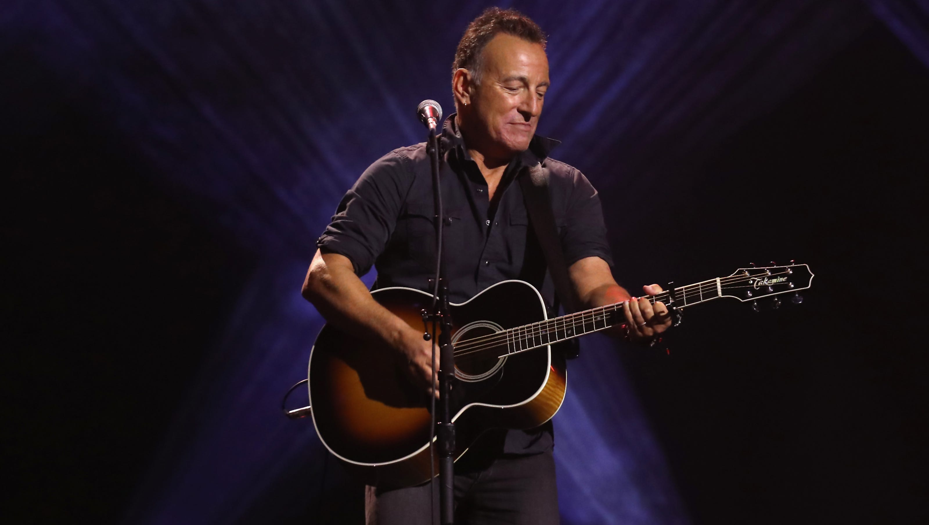 Bruce Springsteen extends Broadway run through Dec. 15 Bruce Springsteen