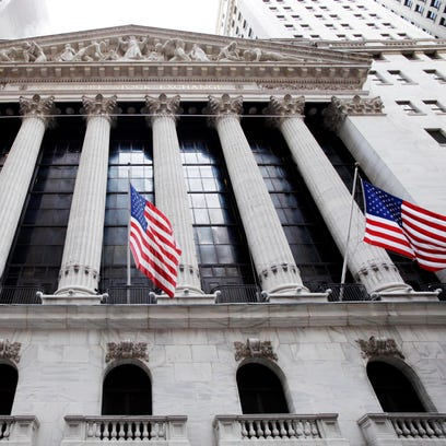 2015 topic 5 money market 1 Stock market outlook for 2015 a conflicted bull market may be experiencing a late-life crisis lower energy prices put more money in our pockets, and that's bullish money saved could give retailers a lift, especially those serving low- and middle-income consumers.