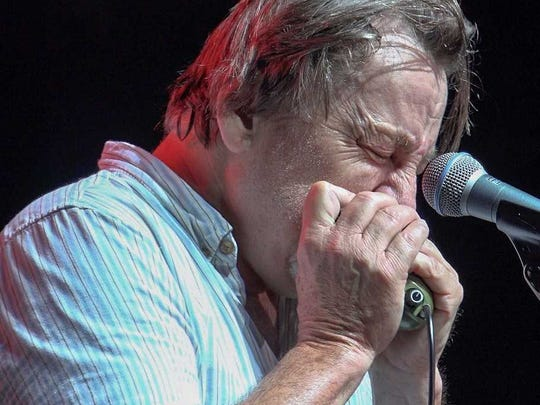 The legendary Southside Johnny performs.