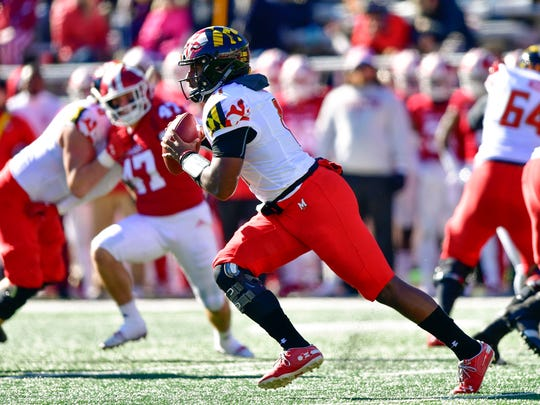 Nov 10, 2018; Bloomington, IN, USA; Maryland Terrapins quarterback Kasim Hill (11) runs the ball during the fist half of the the game against the Indiana Hoosiers at Memorial Stadium . Mandatory Credit: Marc Lebryk-USA TODAY Sports