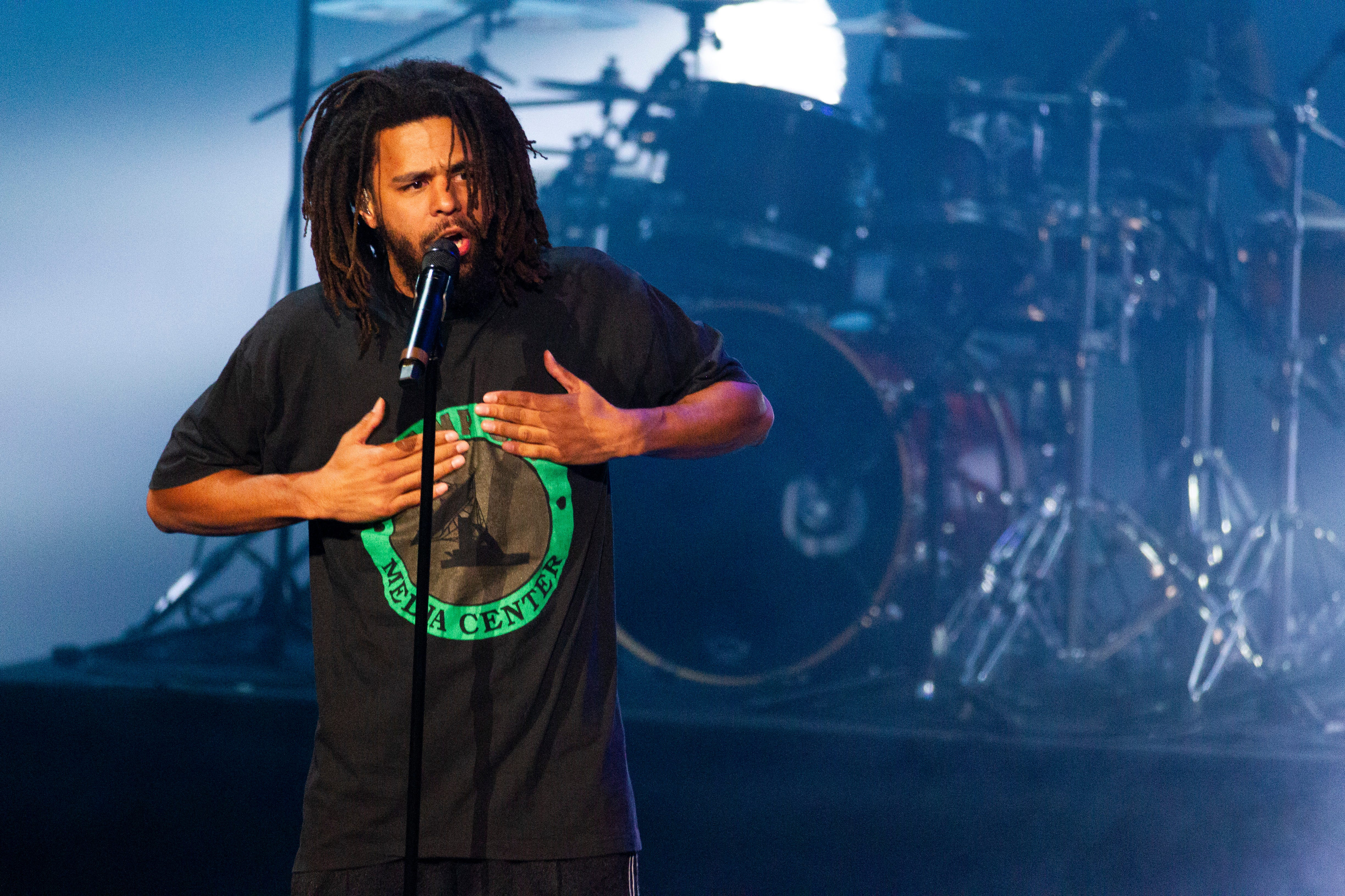 J cole headlines for dating