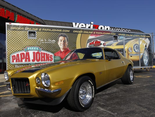 AP PAPA JOHNS CAR THEFT A FILE USA IL