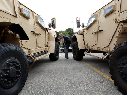 AP MILITARY TACTICAL VEHICLE A F USA